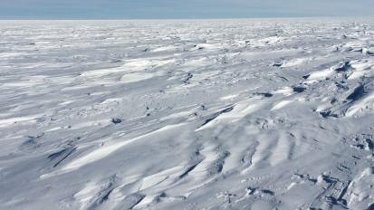 J 12 – Message vocal de l'Antarctique